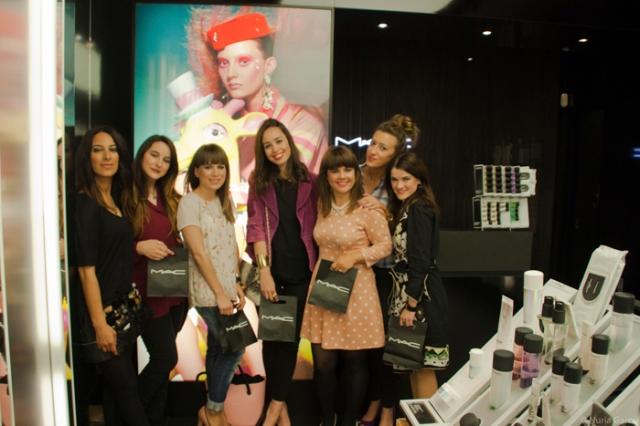 De izquierda a derecha: Marian, Tamara (Mi armario de papel), Eunate, Paula (Breakfast at Paula's), Vanessa (I love Melita), Ane (Look & Chic) y yo Nuria (Nurilove)