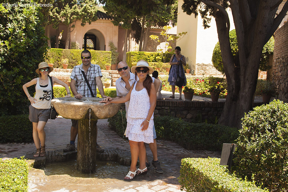 De izquierda a derecha, Nurilove, Andrés, Paco y Rosa finalizando la visita a La Alcazaba