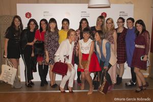 Las bloggers junto a Laura Chamorro