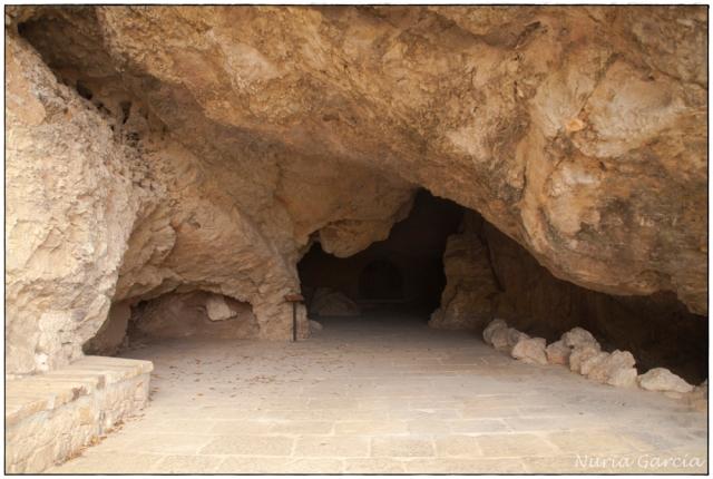 La gruta de la entrada