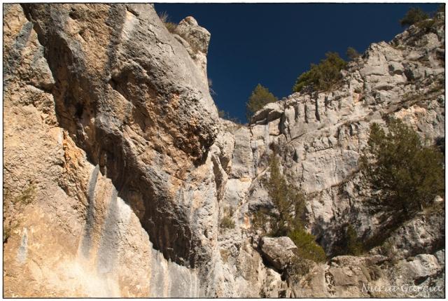 Caída de la cascada de La Fuentona