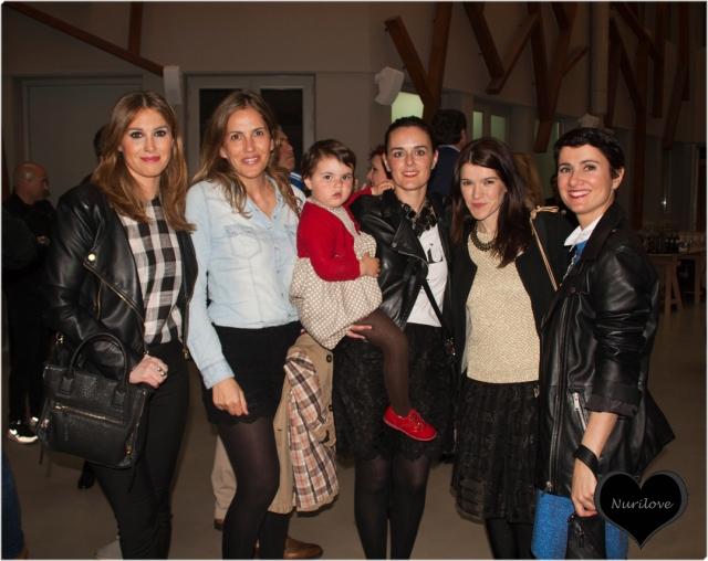 Esti, Silvia (Bilbaoclick), María (Bilbaoclick), Nurilove y Nora (Back to trendy) y la pequeña Martina