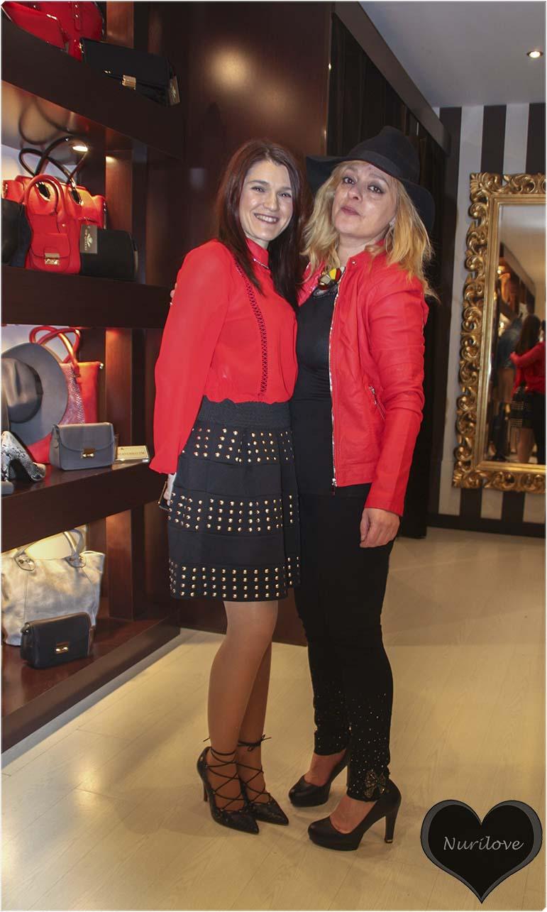 Con Amaia, clienta habitual de la tienda
