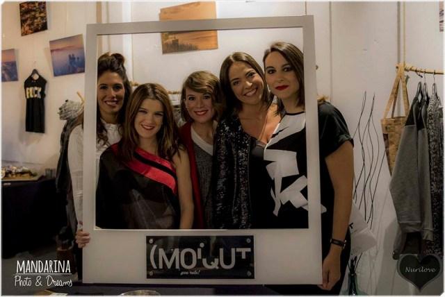 Lorena, Eunate, Ainhize, Tamara y yo con el Photocall
