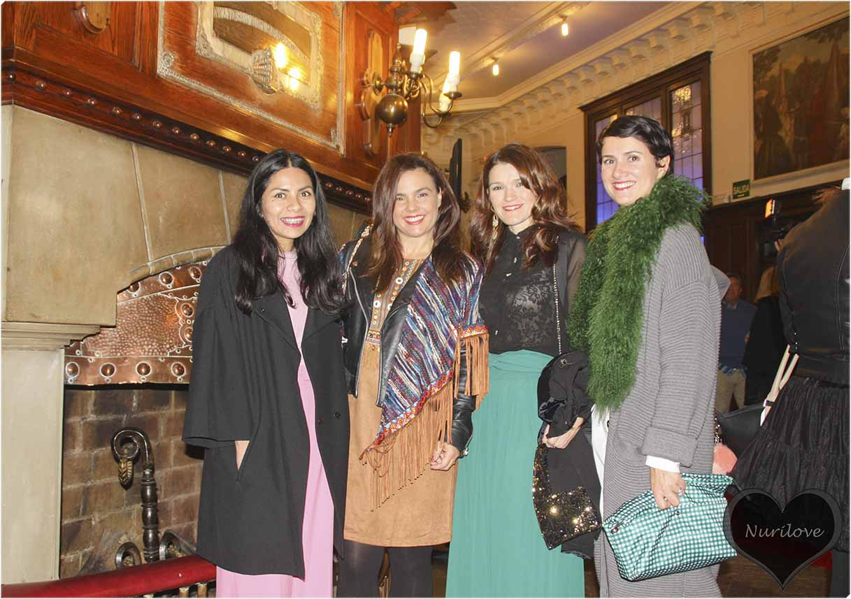 Ana, Vanessa, Nora y yo