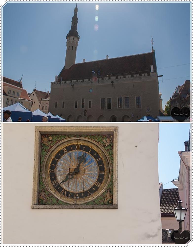 Ayuntamiento de Tallín en la plaza